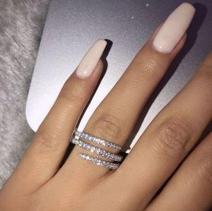 Cute & Sparkly Diamond Swirl Ring